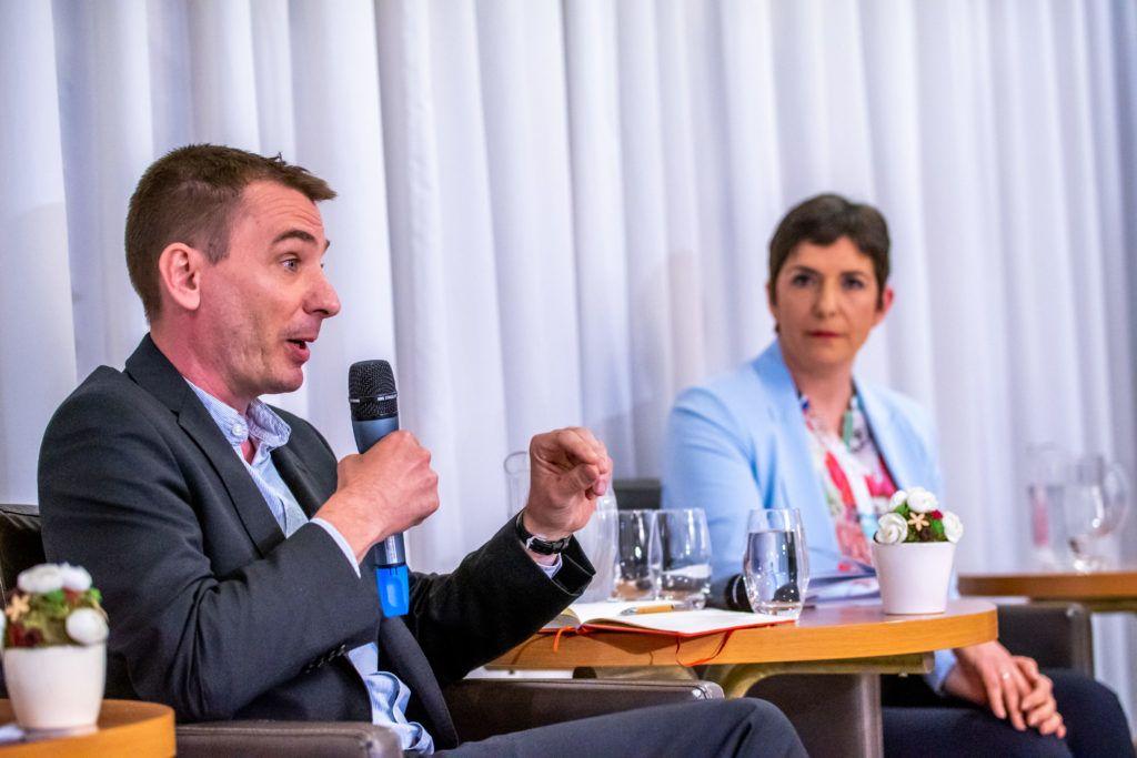 Az ellenzéki pártok Európai Parlamenti ( EP ) listavezetõinek vitája.
